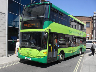 1104 - HW08AOT - Newport (South St/Bus Station) - 3.6.11