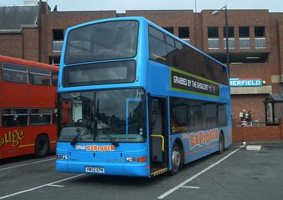 1993 - HW52EPN - Newport (old bus station) - 6.3.04
