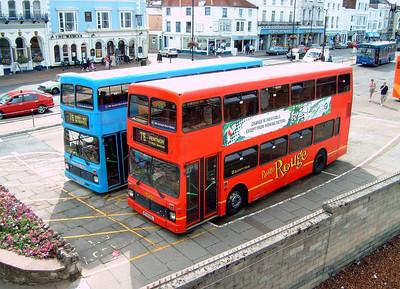 748 - M748HDL - Ryde (bus station) - 11.8.04
