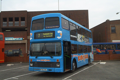 745 - M745HDL - Newport (old bus station) - 16.2.04