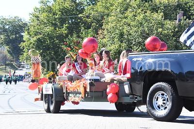 Southington Apple Harvest Festival - Parade