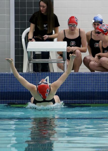 0002-swimmingvsrens15