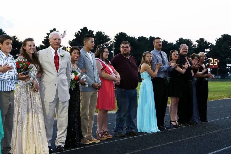 0198-homecomingcourt15