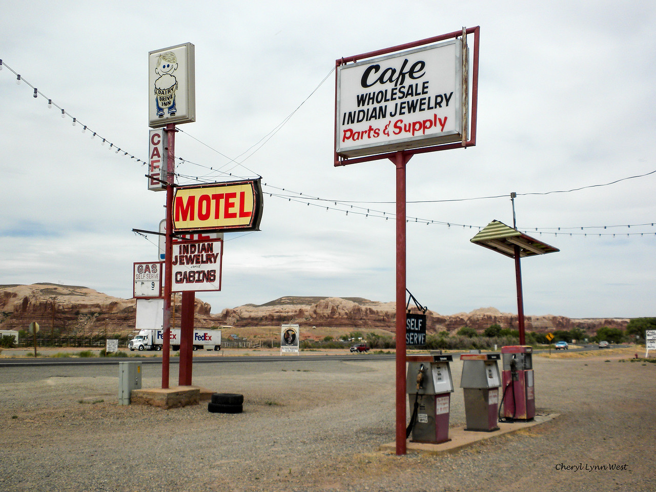 Bluff, Utah - gas station, garage and cafe where we stopped for lunch