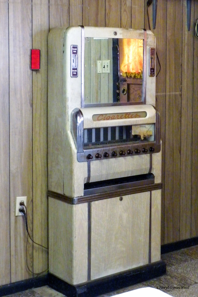 Bluff, Utah - Cigarette machine, still working, at the cafe where we stopped for lunch