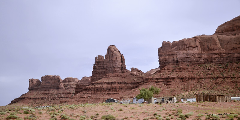 Utah countryside - Homes near Monument Valley