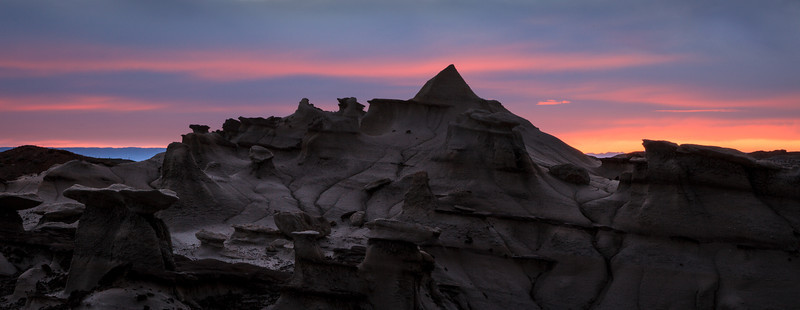 Evening Glow <br /> <br /> Bisti/De-Na-Zin Wilderness  <br /> Farmington, New Mexico <br /> (5II2-14735)