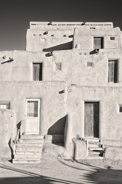 Four Stories <br /> <br /> Taos Pueblo <br /> <br /> Taos, New Mexico <br /> (5II2-11258)