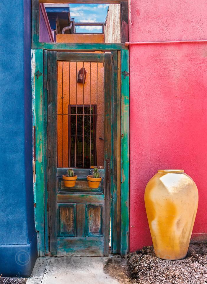 El Presidio Doorway