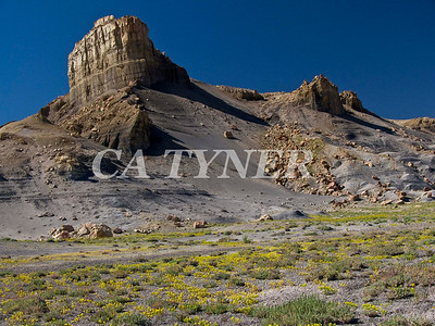 Near; Lake; Powell; Utah