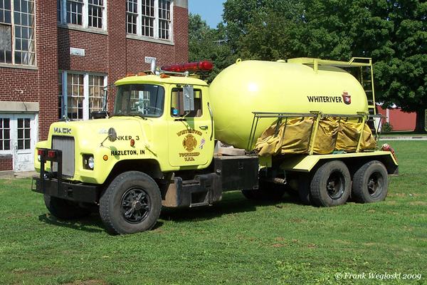 6 Tanker 3 - 1980 Mack U/2004 FD - 250gpm/3000gal