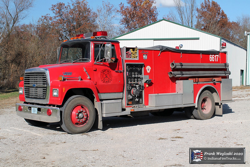 Tanker 5 - 1990 Ford L/Alexis (#1468) - 1000gpm/1800gal