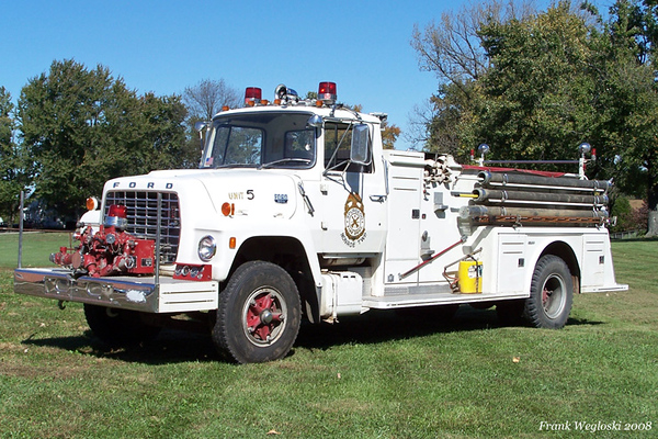 Former Engine 63 - 1974 Ford L900/Towers Pumper - 750gpm/1000gal