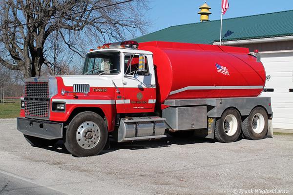 Tanker 63 - 1985 Ford LTL9000/1998 Lantz Tanks/N Patoka FD - 250gpm/3100gal