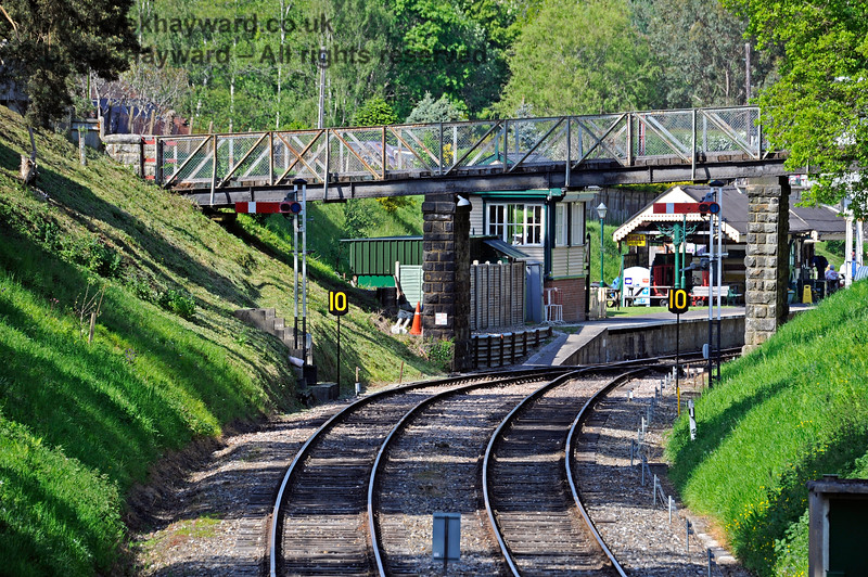Looking towards Groombridge Station in 2021 with Home signals and very smart 10 mph speed restriction signs in shot.  29.05.2021 18049