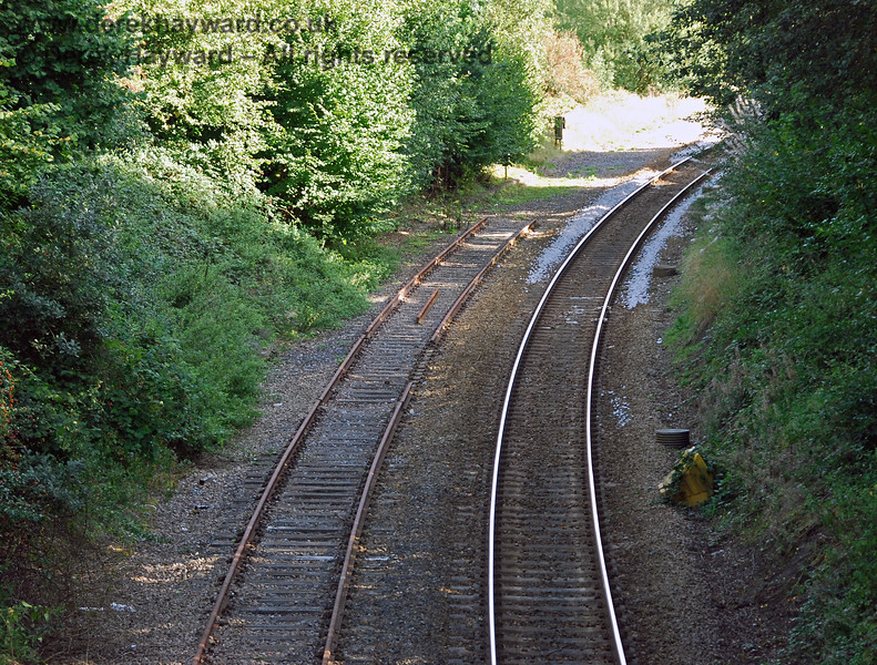 Looking south with a longer lens it can be seen that no buffers had yet been installed in the headshunt, but a section of line had been removed just before the Spa Valley track terminated. The track had been in this condition for some time. 14.09.2008
