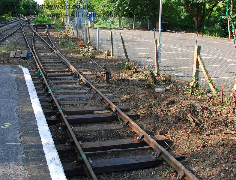 At the northern end of the bay platform the bushes had been removed revealing the points to the long siding. New sleepers had been installed in advance of the points. 14.09.2008