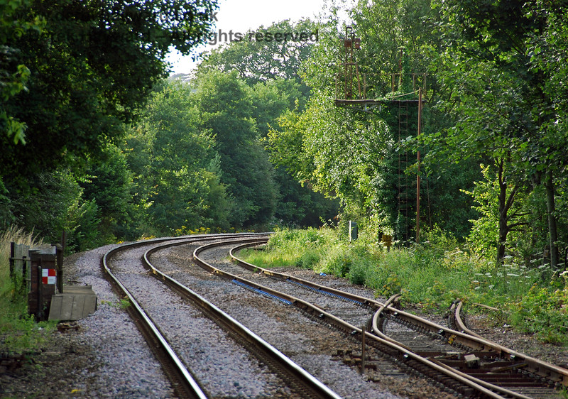 The view north from the Network Rail platform at Eridge, with the Spa Valley running line in the centre of the three tracks. The points that in previous times connected with the Network Rail line had been removed. 29.07.2008