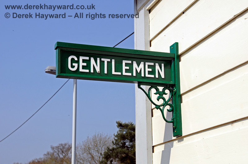 The traditional sign on the refurbished Gentleman's toilet at Eridge.   27.03.2011 6585