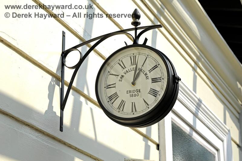 The traditional clock at Eridge. 27.03.2011 10447