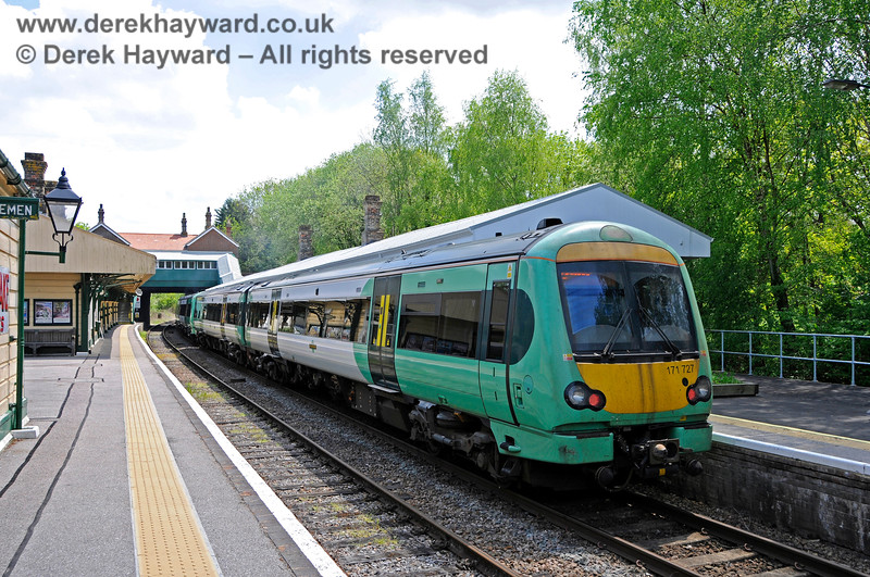 171727 standing at Platform 1 at Eridge with a service to Uckfield. 29.05.2021 20629