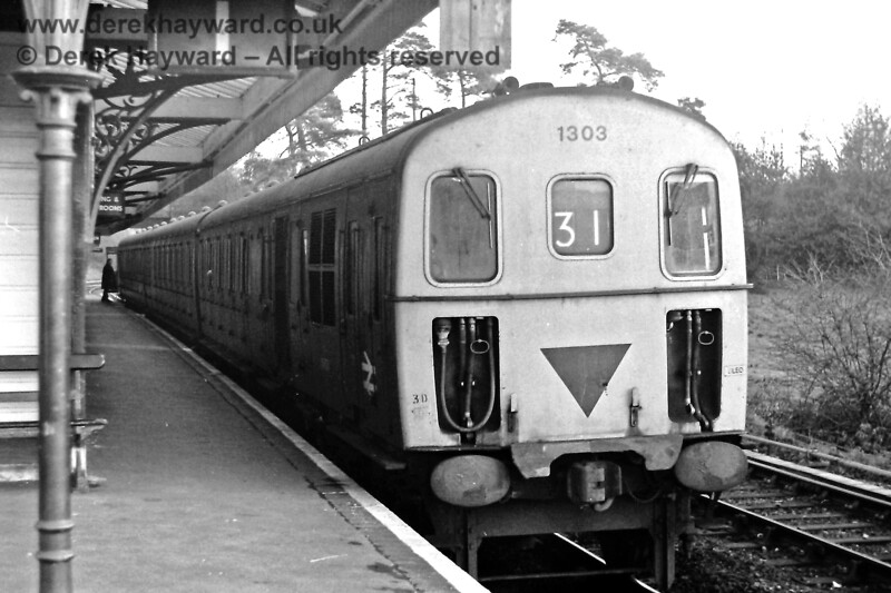 1303 in the Up Loop (Platform 1) at Eridge on Saturday 29.11.1975, waiting to leave with the 15:34 Eridge to Tonbridge service.  Eric Kemp retains all rights to this image.