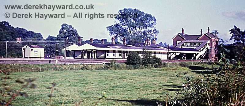A general view of Eridge Station on 23.09.1972.  Sharp eyed viewers will just make out the Royal Mail parcels chute under the right hand staircase of the footbridge.  Eric Kemp retains all rights to this image.