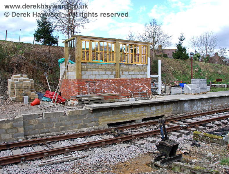 Whilst the work on Groombridge signal box continued, a ground frame was installed (in the foreground) to operate the points on a temporary basis. 02.03.2009