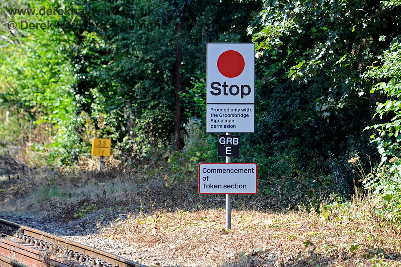 Stop board at the Commencement of the Token section upon leaving Eridge. In the background is the milepost.  25.08.2019 17377