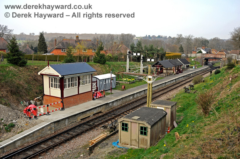 A view east along the length of the platform at Groombridge, including the new signal box. 27.03.2011 6640