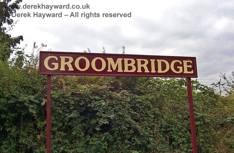 In 1998 Groombridge Station name boards used maroon as a corporate colour, and this continued for some years.  17.09.1998
