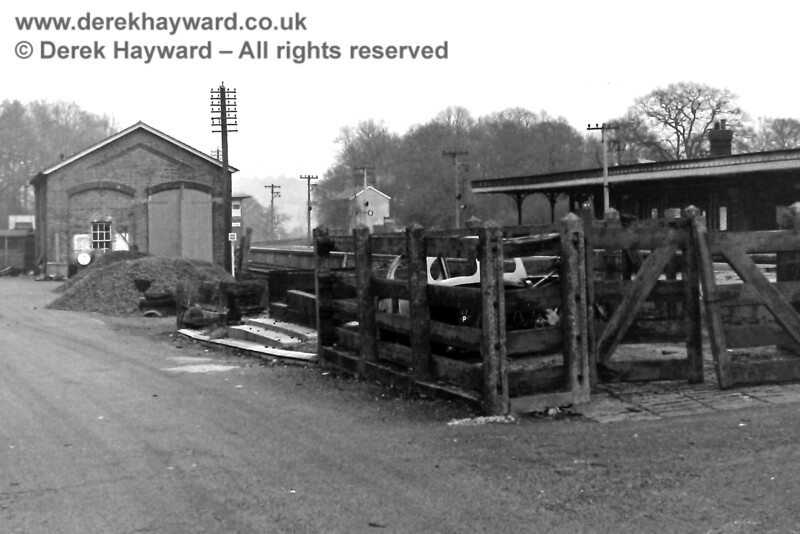 The disused goods shed and cattle dock at Groombridge, looking east, on 30.12.1969.  Eric Kemp retains all rights to this image.