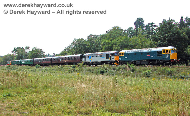 33063 and 33065 plus 20118 (trailing) at Birchden having worked to what was then the end of the line. 05.08.2006