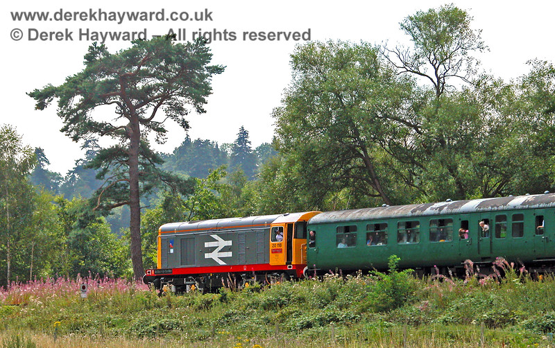 """20118 at Birchden having worked to what was then the end of the line. The """"Stop"""" sign can just be seen within the pink flowers.  05.08.2006"""