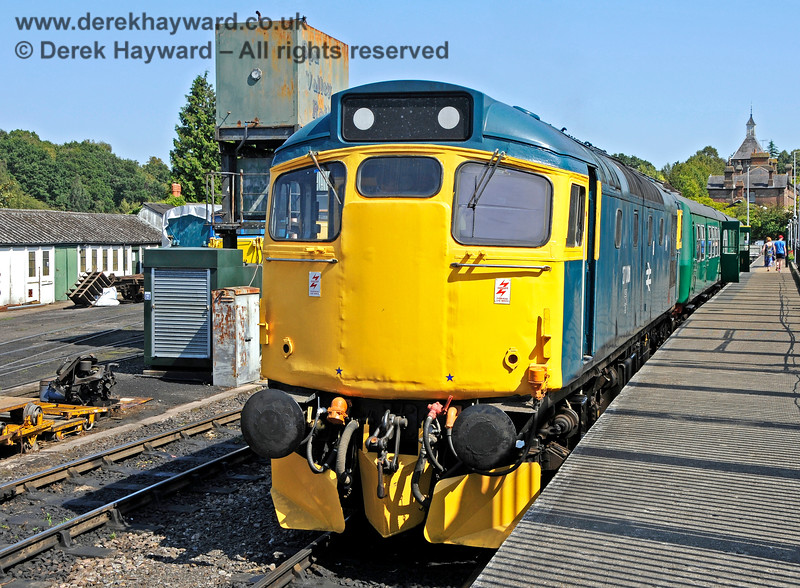 27001 at Tunbridge Wells West. 25.08.2019 20047