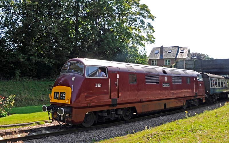 D821 leaving Groombridge. 25.08.2019 20064
