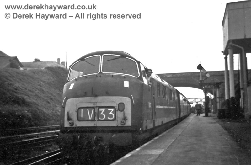 How I remember Warships... Diesel Hydraulic D828 Magnificent at Liskeard on a westbound express. 15.08.1964