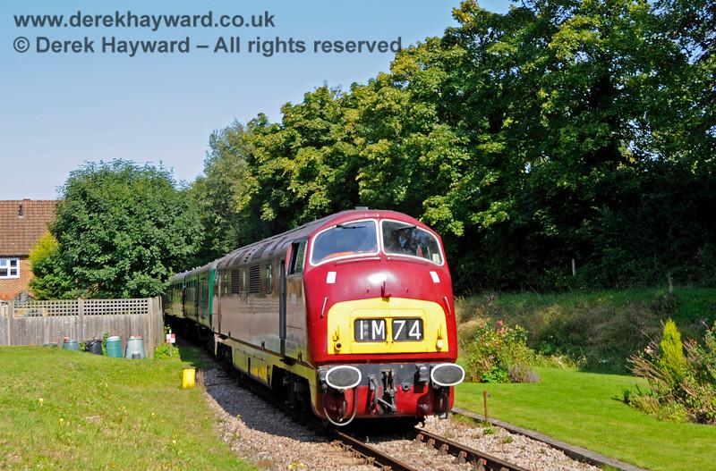 D821 arriving at Groombridge from Tunbridge Wells. 25.08.2019 20098