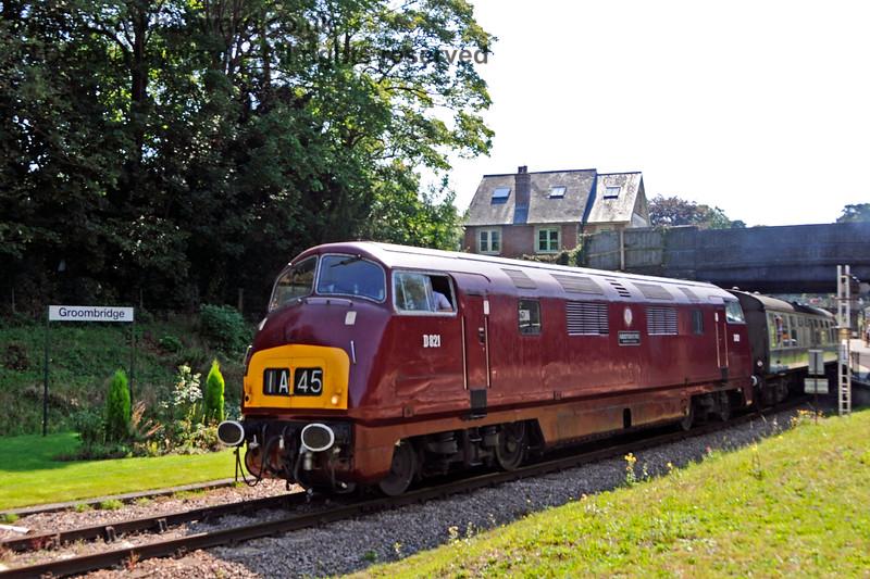 D821 leaving Groombridge. 25.08.2019 20063