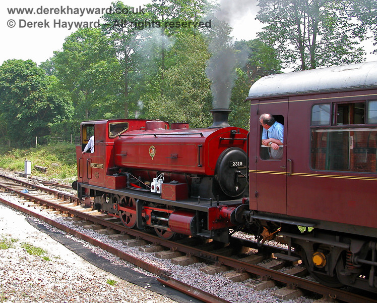 2315 Lady Ingrid leaving Groombridge. 11.06.2006