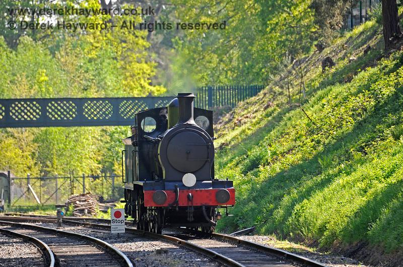 2890 steaming towards Groombridge after a test run to Eridge. 30.05.2021 18136