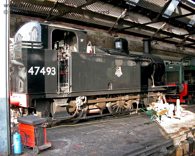 47493 within Tunbridge Wells shed. 29.10.2005