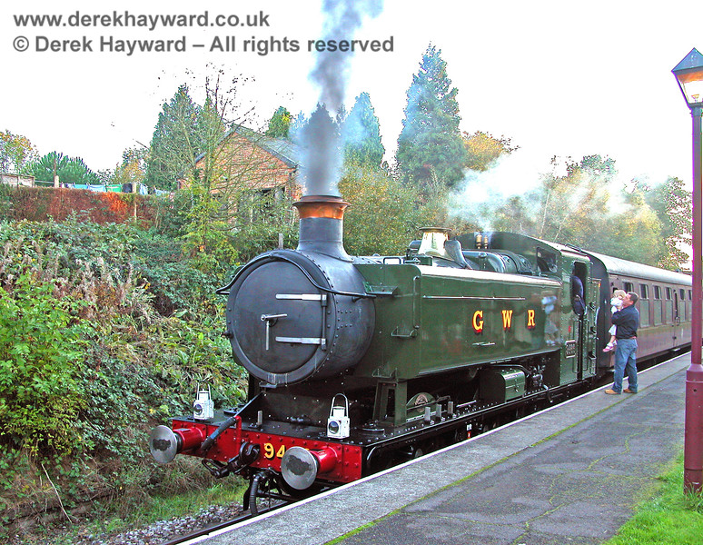 9466 at Groombridge as a young fan looks at the footplate. 29.10.2005