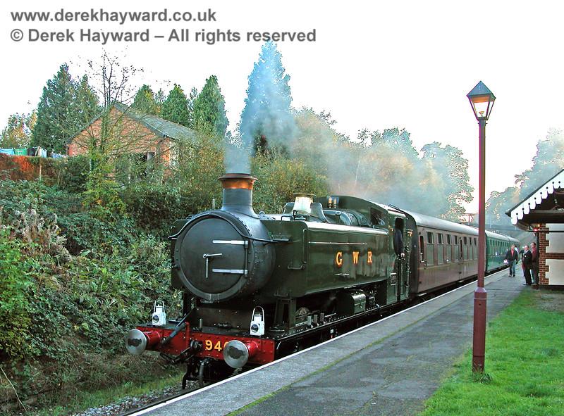 9466 awaits departure at Groombridge. 29.10.2005