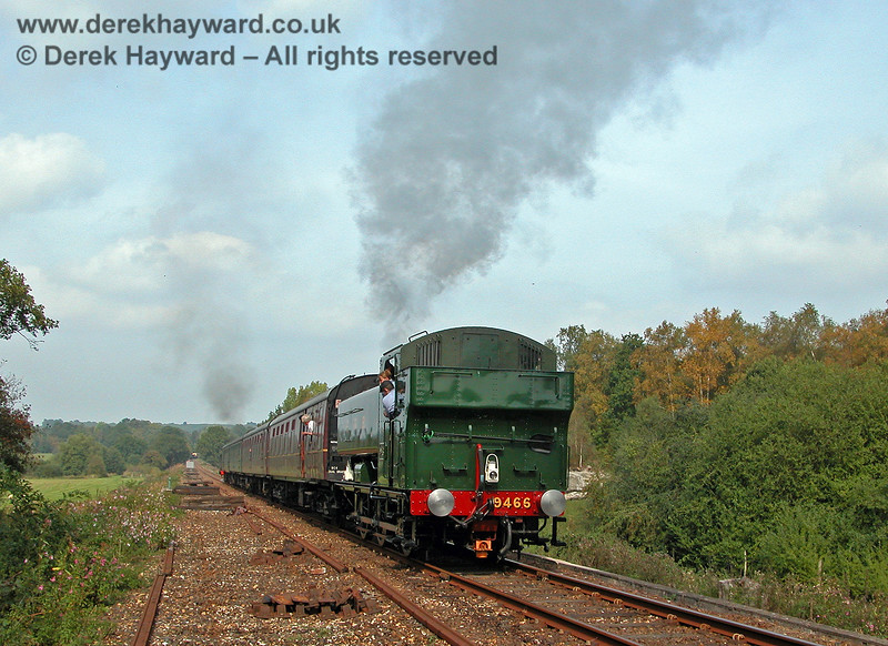 9466 leaves Birchden on the rear of a train that travelled as far as the Network Rail gates.  17.09.2006
