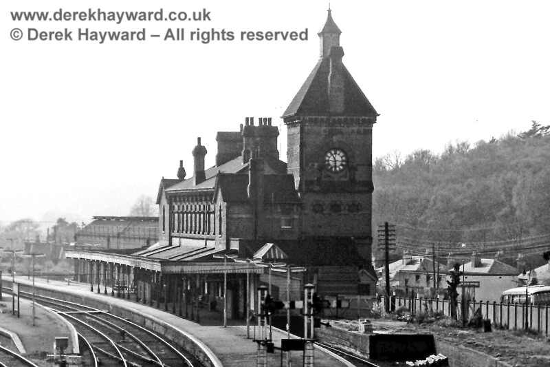 I am grateful to Eric Kemp for allowing his historic pictures to be used in this gallery.  Tunbridge Wells West station building photographed in 1976.  In the background is the old locomotive shed and the adjacent platform, now used by the Spa Valley Railway.  Eric Kemp retains all rights to this image.