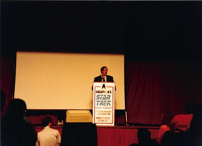 1992-03-27 StarTrek TNG Conference - 08