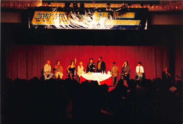 1992-03-27 StarTrek TNG Conference - 12