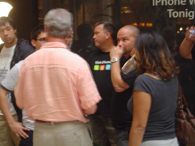 2007-06-29 iPhone Premier_01
