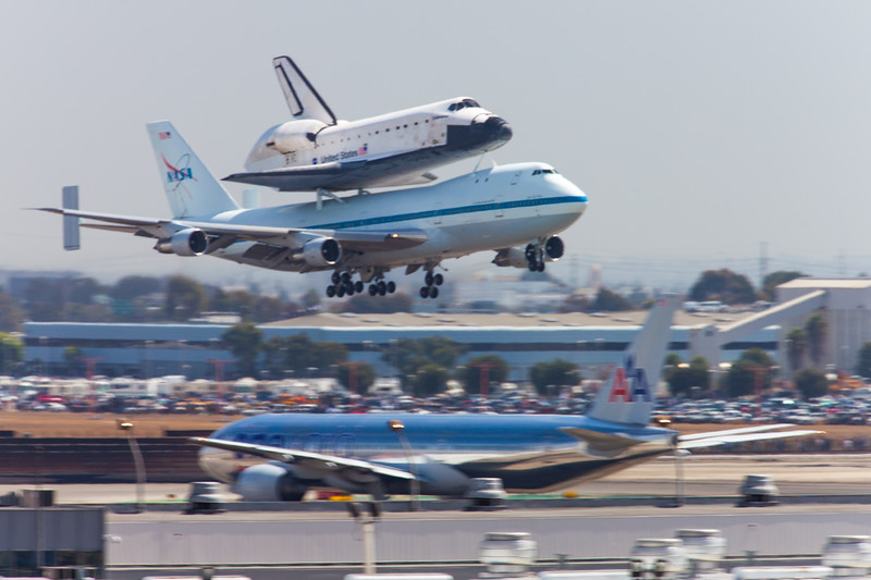 Space Shuttle Endeavor, LAX